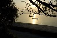 備瀬崎と夕焼けとボート