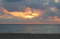 嘉陽ビーチからの朝日2015
