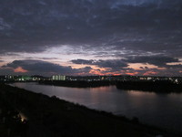 沖縄豊崎の日が明ける