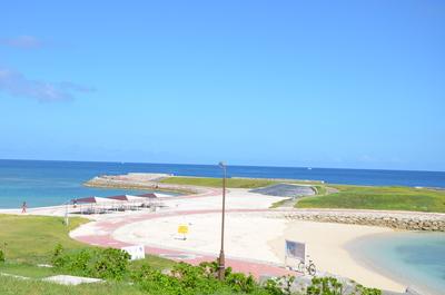 トロピカルビーチ横