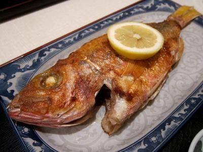 お魚バター焼き レモンのせ
